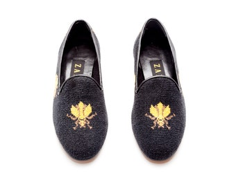 960bed3f888 Zalo Vintage Needlepoint Bee Loafers • Vintage Loafers Made in Spain • Size  5.5