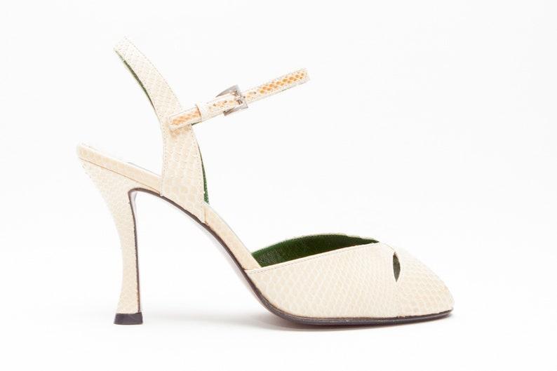 88e6bebb60326 Walter Steiger • Vintage Shoes • High Heel Sandals in Beige Snakeskin •  Peep Toe Sandals w/ Curved Heel • Handmade in Italy • Size 7