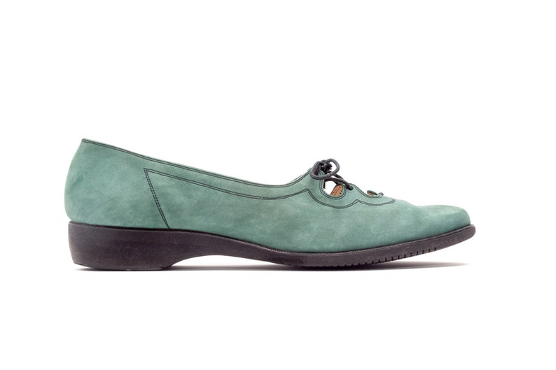 Salvatore Ferragamo Lace up Flats in Green Suede with Black EVA Outsole • Made in Italy • Size 8