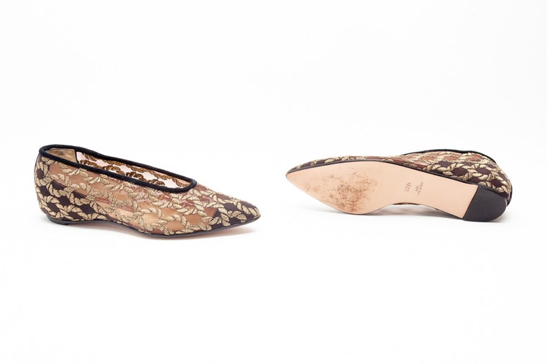 Walter Steiger Vintage Gold Chain Mesh Embroidery on Hidden Wedge Pointed Toe Flats \u2022\u00a0Size 5.5