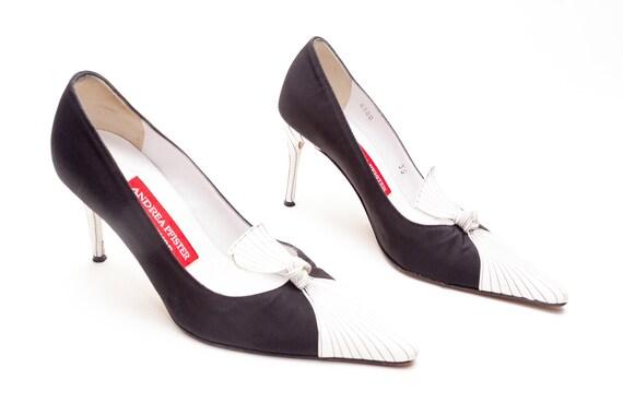 Andrea Pfister �?Vintage Schuhe �?High Heel Kleid Pumps �?Verknotet Twisted Pumps �?schwarz und weiß Fersen �?Nähte Details �?Größe 35