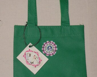 Gift bag with gift tag