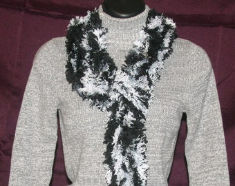 Black and Gray Straight Chunky Scarf