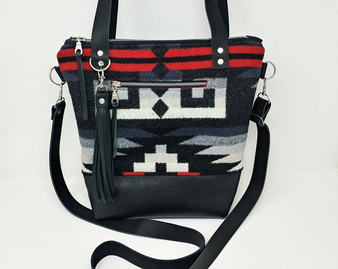 Made to order large deluxe purse made with Pendleton wool and leather, leather purse, Shoulder purse, Adjustable strap