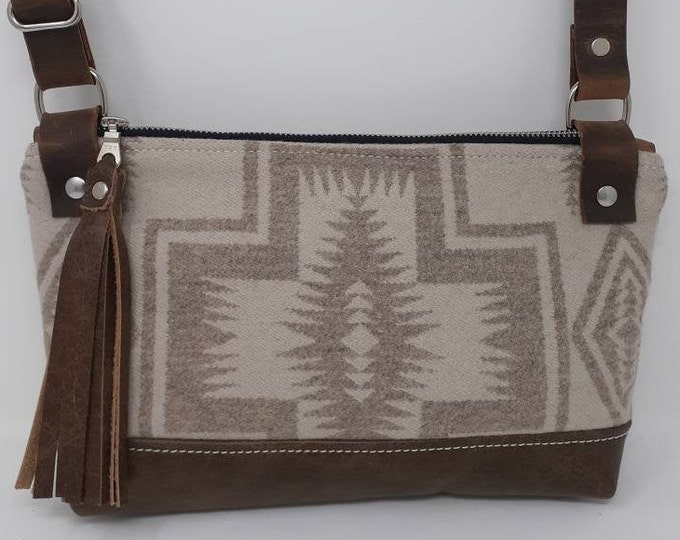Southwestern cross body purse made with Pendleton wool, adjustable strap bag, small purse, western purse, shoulder bag