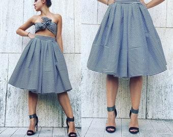 Striped skirt, midi skirt, high waist skirt, fresh skirt, vintage skirt.