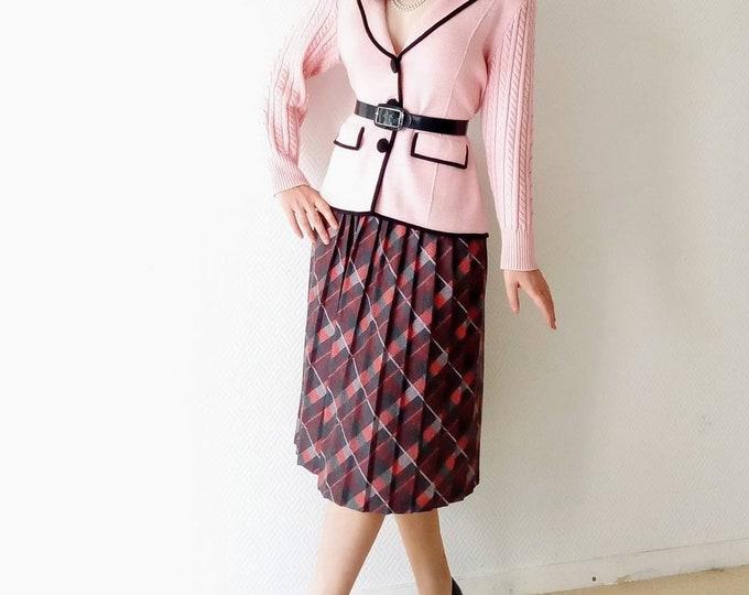 Vintage Scottish 50s style skirt //50's vintage tartan skirt style