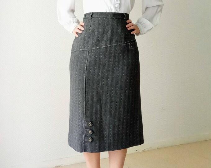 90s-style grey polkad dots midi skirt // 1990's does 50's grey polkadot skirt