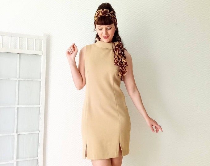 Zipper high-neck dress zipper 90's style 60's LA CITY // La City 90'S Does 60's turtle zipper neck dress