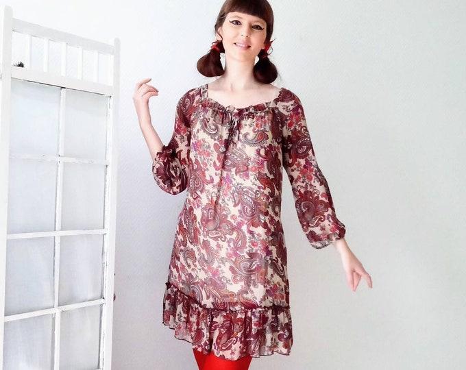 Floral dress paisley hippy style 60s /70's // 60's /70's floral style paisley boho dress