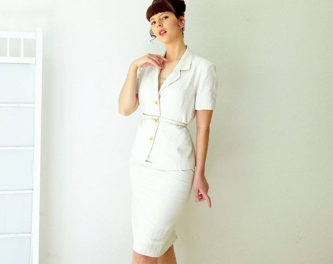 Vintage ivory tailor 90s style 60s // Vintage 80s does 60s ivory skirt follows