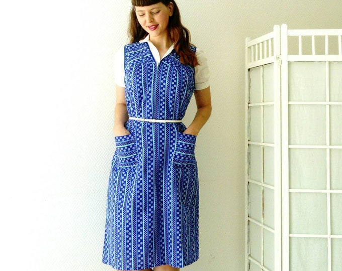 Vintage blue dress vintage apron /vintage blue pinafore dress