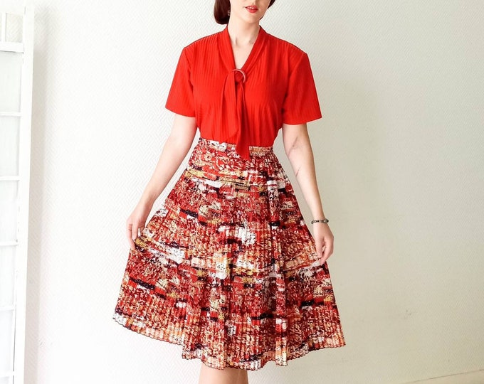 Vintage 80s style pleated floral skirt //1980's does 50's floral pleated skirt