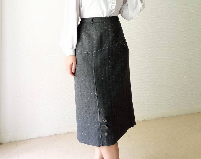 90s-style grey polkad dots midi skirt // 1990's does 50's grey polkadot skirt