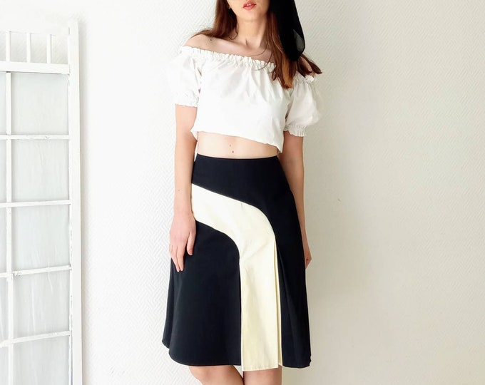90's 60's style black and white vintage skirt///90s does 60s mondrian style black and white skirt