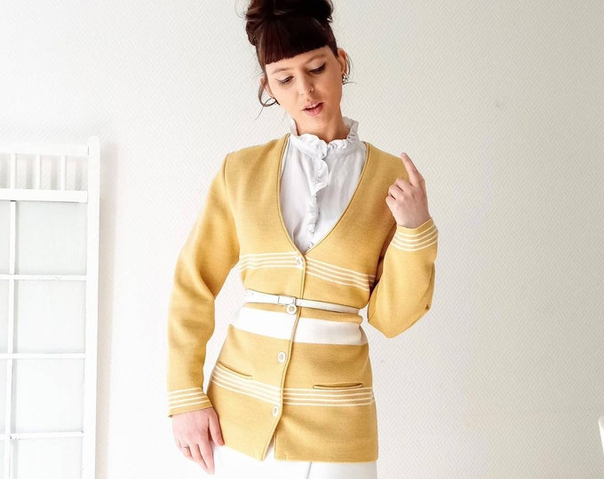 Vintage 90s camel and white stripe jacket //90's vintage stripe white and camel cardigan