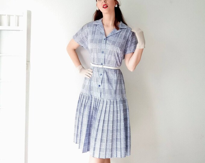 Vintage pleated dress tiles 70s style 40s //Vintage 70's 40's style plaid dress