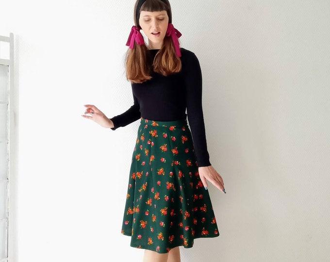 70s floral green hippy skirt //1970's hippy green floral skirt