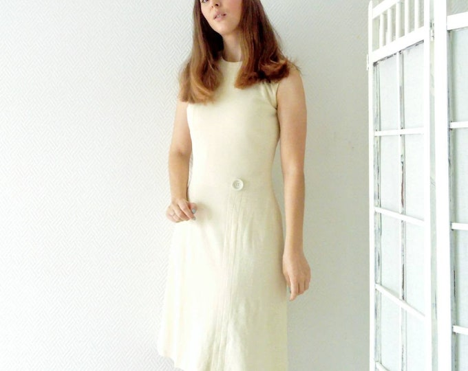 Vintage ecru babydoll dress 60s /1960's vintage nude babydoll dress