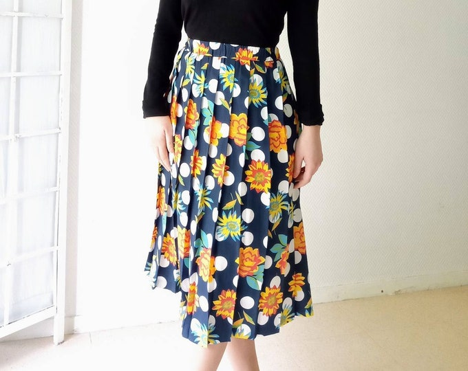 80s printed polkadot and floral 50s-style pleated skirt //80s 50s polkadot style and floral print pleated skirt