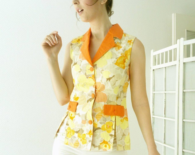 70s yellow floral blouse /70's yellow floral shirt