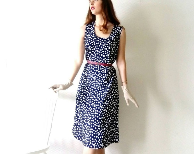 50s/50's polkadot dress