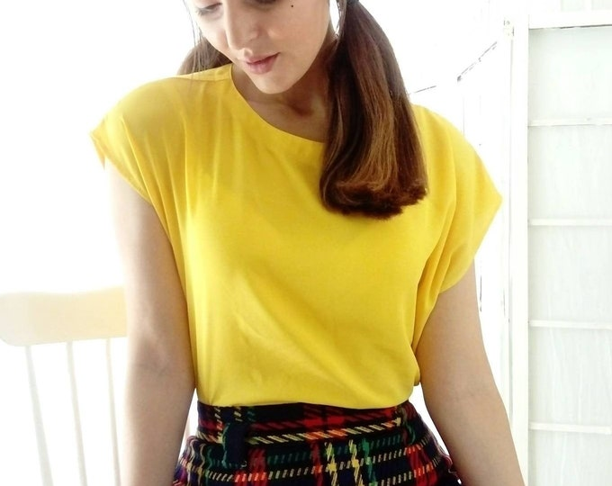 70s/70s yellow blouse