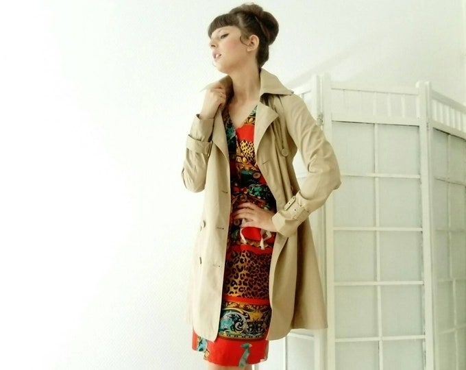 Trench coat beige style 60s /60's style beige trench coat