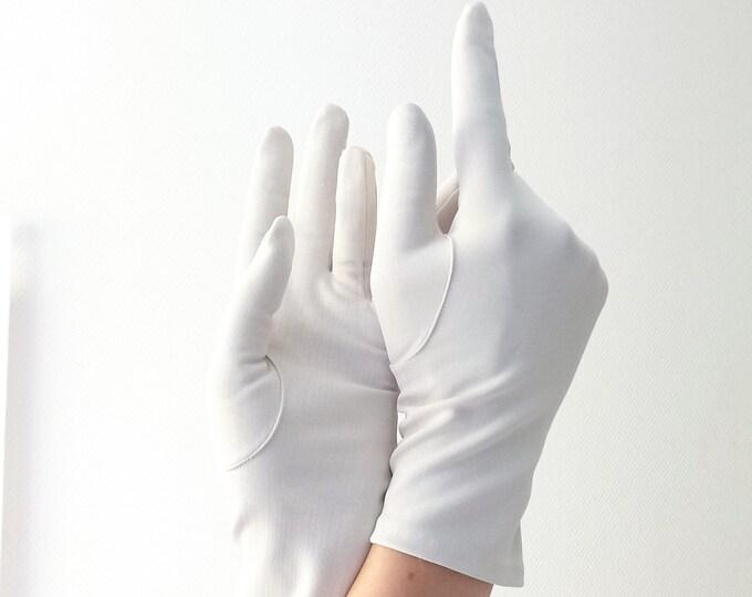 Vintage gloves 1980's ecru // Vintage 1980's ecru gloves