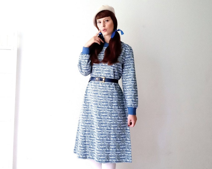 Vintage sweater dress 1980's abstract stripes //Vintage 1980's stripes sweater dress