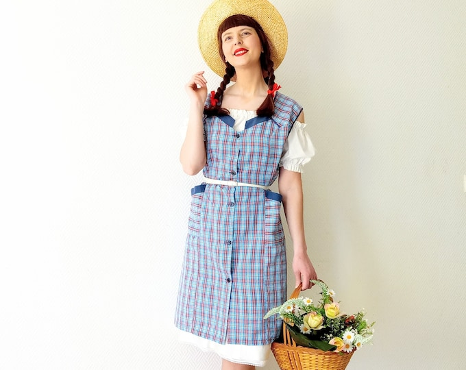 Vintage plaid apron dress //Vintage plaid apron dress
