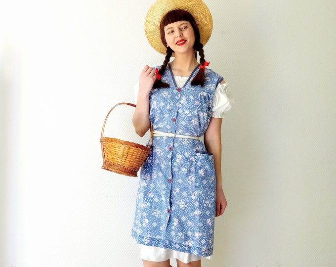 80s 40s style floral blue apron dress //Vintage 80s 40's style floral blue apron dress