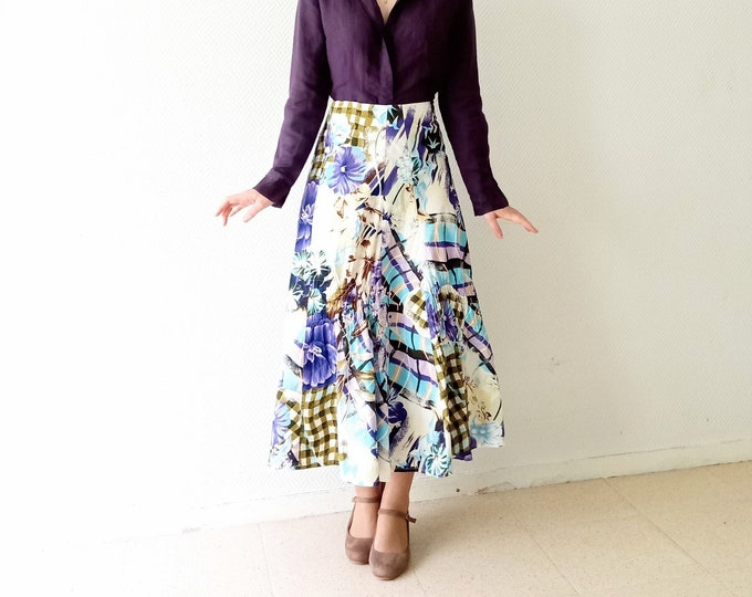 Skirt tiles and flowers 90s style 50s// 1900's does 50's plaid and flowers print skirt