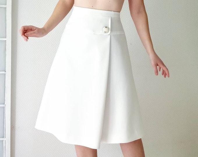 White trapeze waist-size wrap adjustable 70s //1970's wrap white trapeze adjustable waist skirt