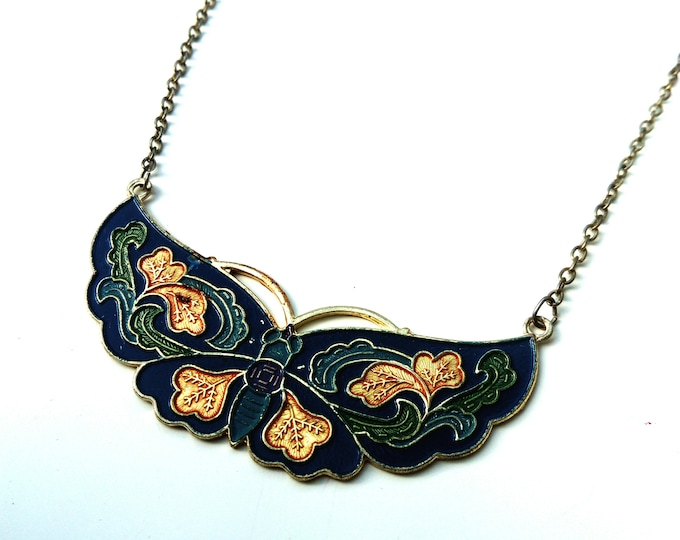 Blue Butterfly Necklace 70s/70s blue butterfly necklace