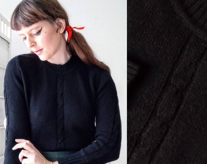 Pull-over vintage NEUF black wool twisted knits 1960's// 1960's vintage deadstock twisted meshes black wool jumper