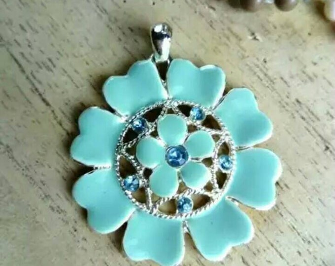 Blue /hippy hippy pendant blue pendant