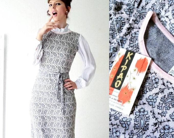 Deadstock knit dress - NEUVE 1960'S paisley pattern // 1960's deadstock paisley print sweater dress