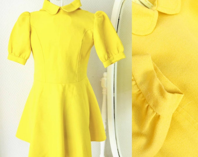 Yellow dress 1960's claudine collar for girl 10 years //1960's yellow Claudine collar dress for 10 years girl