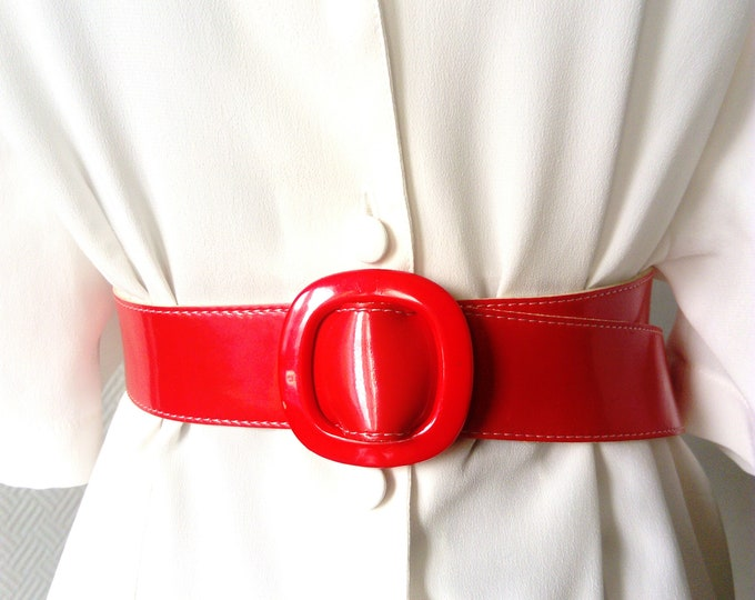 red leather belt style pin-up 70s/70's red leather pin-up belt style