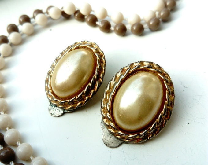 Oval earrings golden white 70s/70s vintage oval white golden earrings