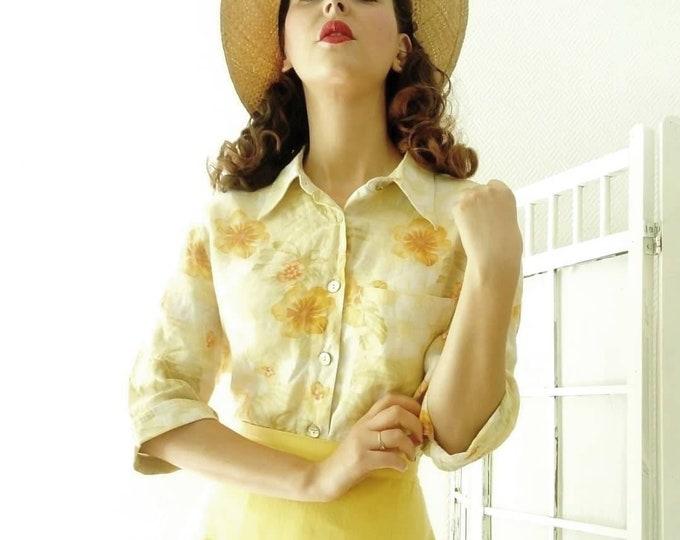 Vintage linen floral blouse / Vintage floral linen shirt