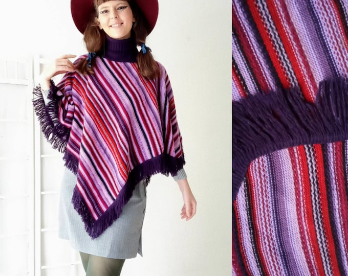 Vintage poncho with fringe and purple stripes 90s // Vintage 1990's fringe purple stripes poncho
