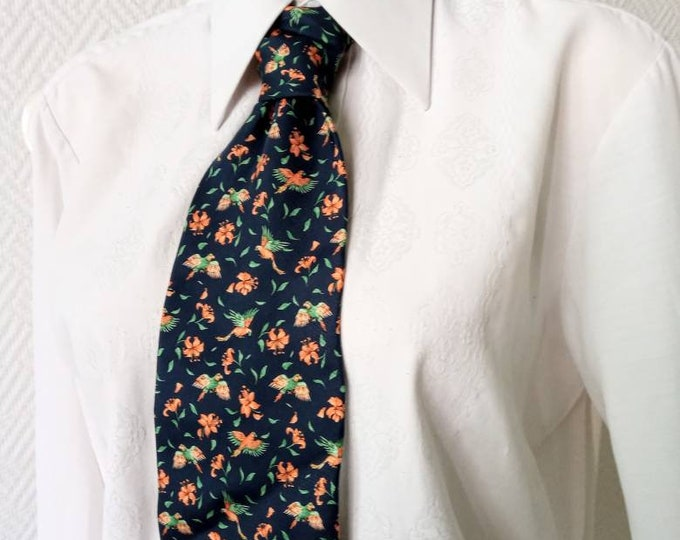 Silk tie printed floral parrot 90's style 70 //90s does 70's floral parrots print silk tie
