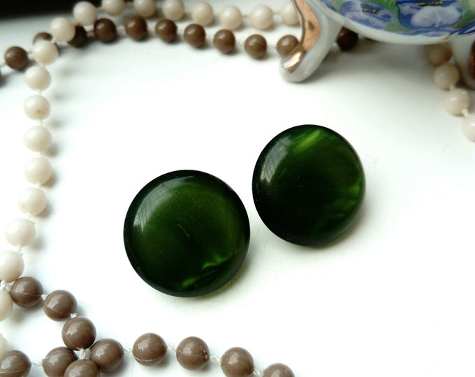 60s emerald green round earrings 60s/60's circle green emeral earrings