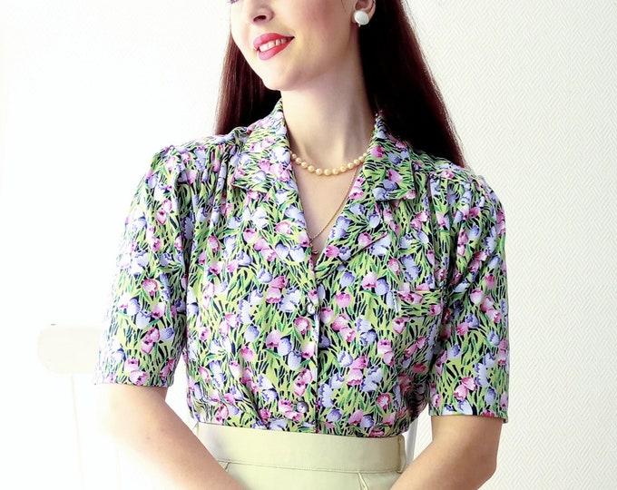 Vintage blouse 1980's tulip pattern // Vintage 1980's tulip print shirt