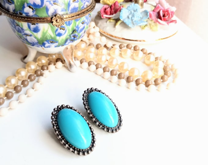 Earrings clips vintage turquoise 1990's// Vintage 1990's turquoise oval clips earrings
