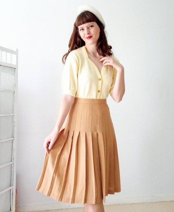 1990's 1990s vintage 1990's apricot pleated skirt