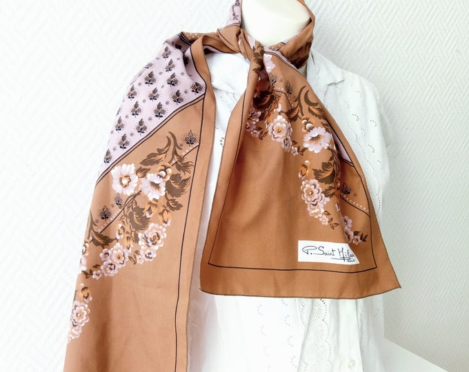 Vintage scarf 1970's Saint Hilaire floral rectangle // Vintage 1970's Saint Hilaire floral scarf