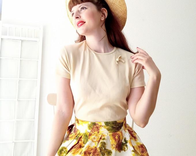 Vintage 1960's deadstock BAN-LON beige // Vintage 1960's deadstock Ban-Lon beige tshirt